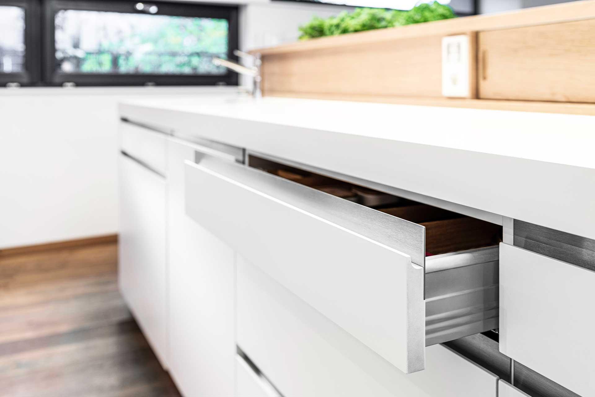 Küchenschublade modern
