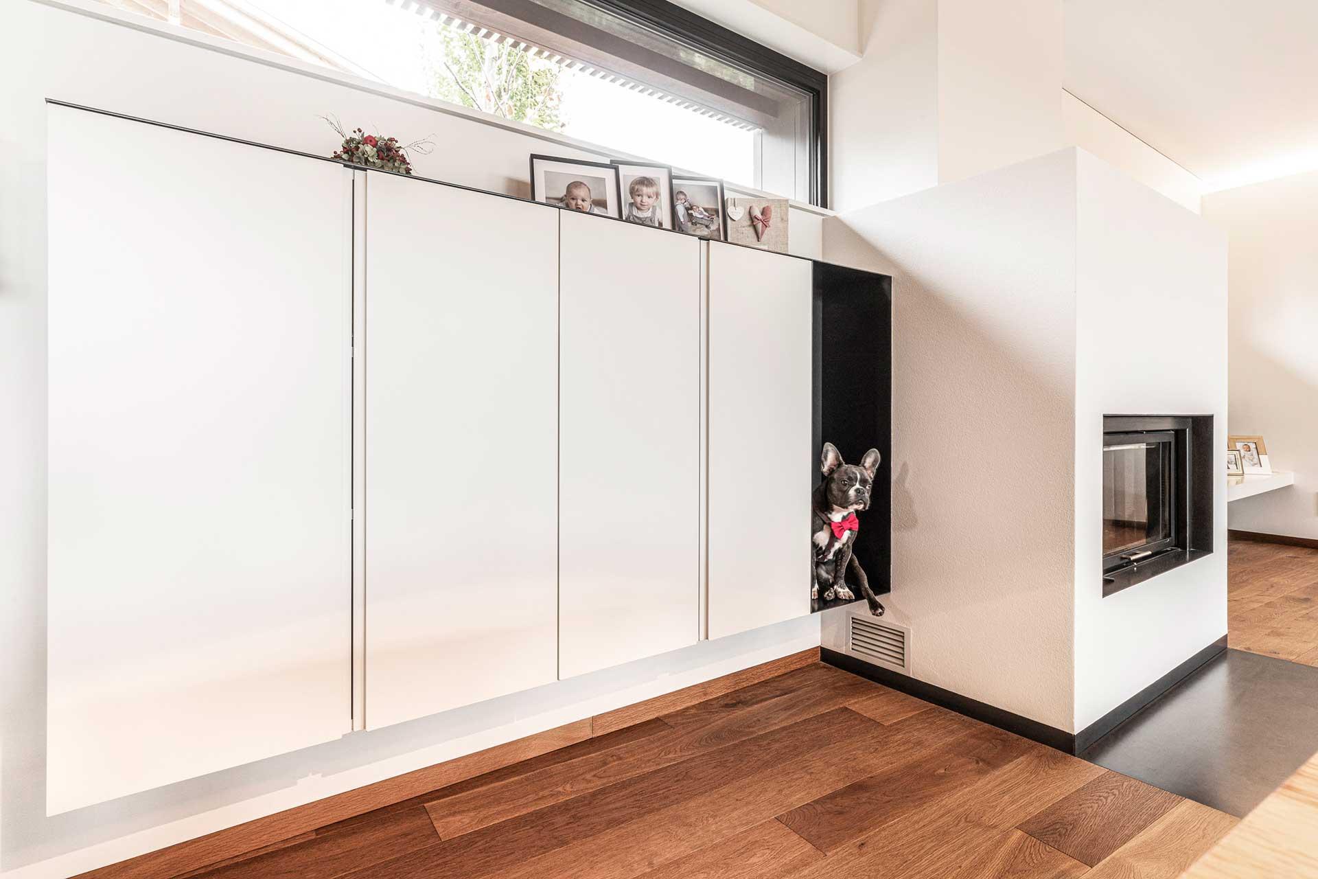 Wohnwand modern vom Tischler